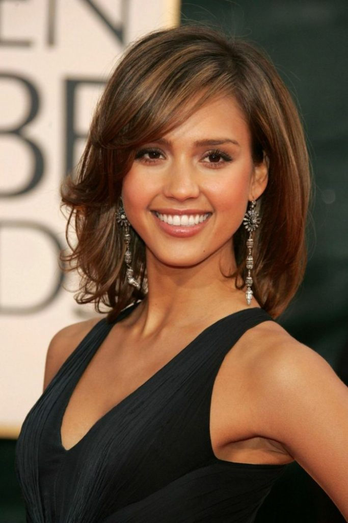Jessica Alba shoulder length hairstyle