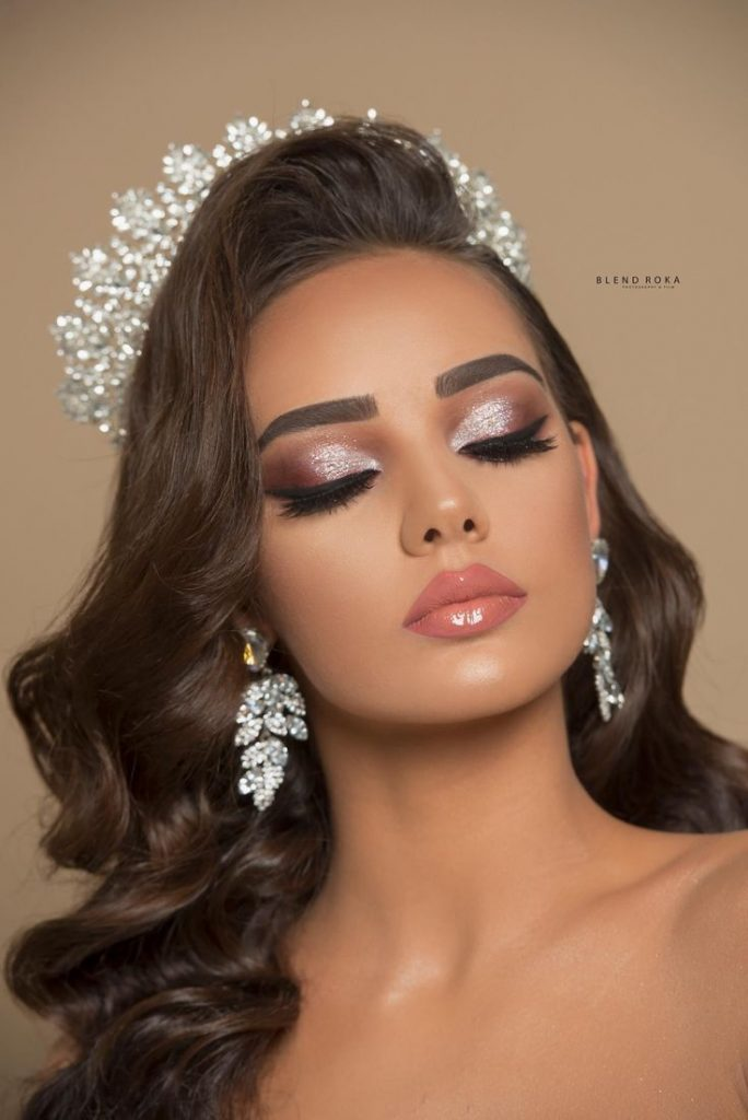 infp celebrity, pretty celebrities, celebrity makeup looks. wedding makeup look....