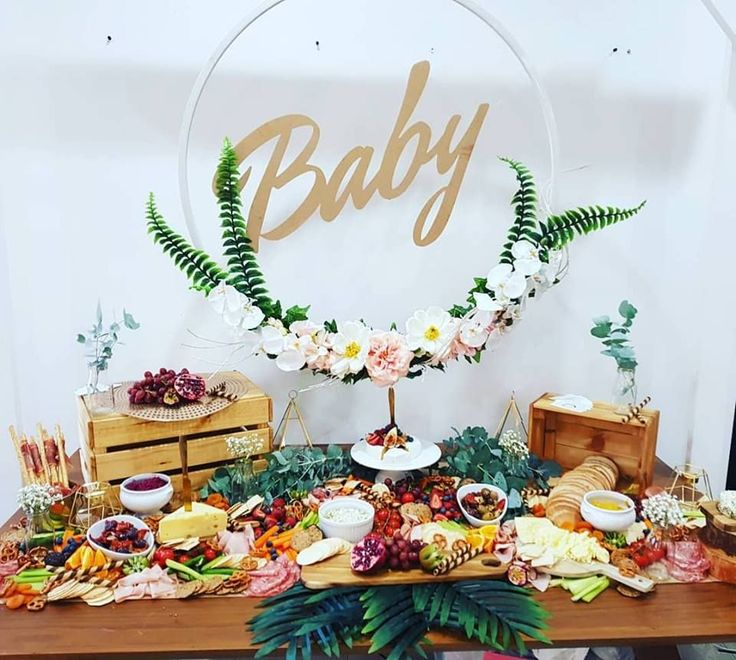Baby shower grazing table #babyshowerideasgenderneutral
