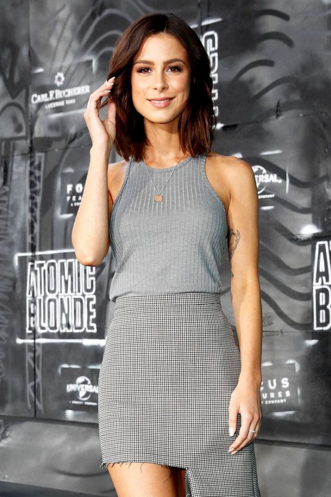 Again and again Lena Meyer-Landrut is attacked because of her petite figure. N ...