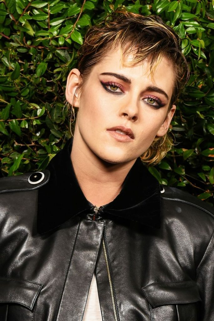 Kristen Stewart's Bold Cat Eye Is What '80s Club-Kid Dreams Are Made Of ...