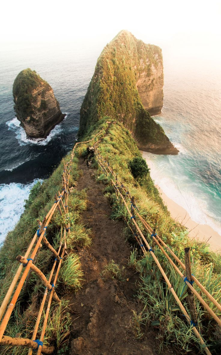 Travel to Bali, Indonesia! Here are 5 beautiful places in Bali that will give yo...