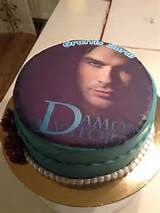 Pin Vampire Diaries Damon And Elena Kiss Season 2 Cake on Pinterest