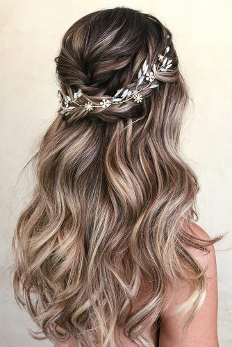 40+ Dreamy Homecoming Hairstyles Fit for a Queen - #A #Fit # Hairstyles ...