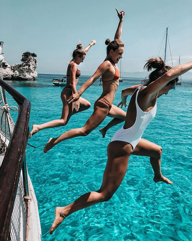 Maike, Kira, Sonja в Instagram: «Cause we're young, wild n' free! 💦 *An...