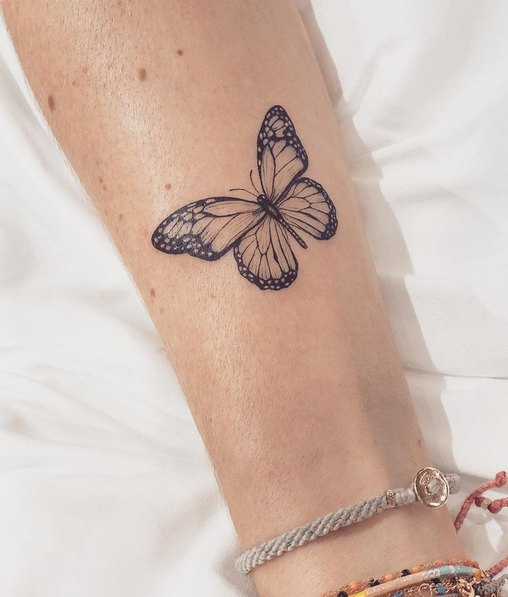 """Carla R. on Instagram: """"A monarch butterfly for the beautiful Jessica in memory ..."""
