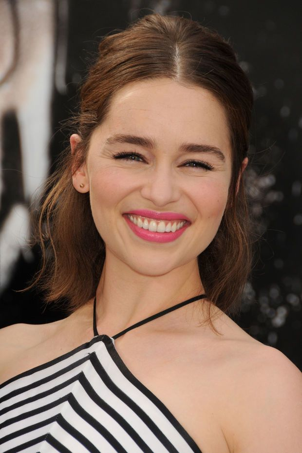 Emilia Clarke at the 2015 Hollywood premiere of 'Terminator: Genisys'. beautyedi...