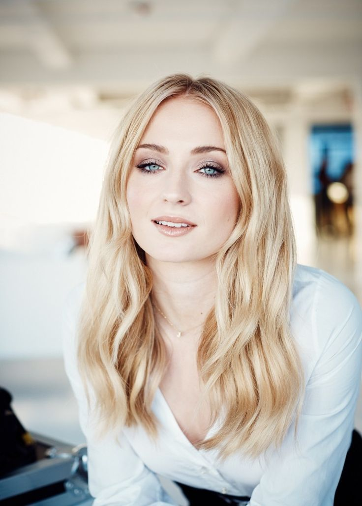 Sophie Turner makes a big career move after Game of Thrones - #one ...