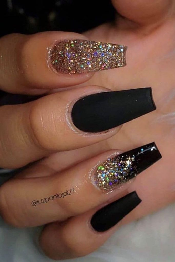 Amazing black nails with gold glittering design in coffin shape - Coffin N ...