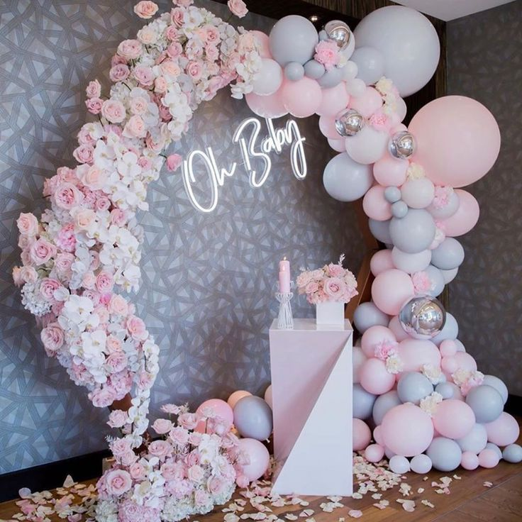 Oh Baby 🎈🎈🎈 Stunning baby shower setup by @balloonsbydina @preciousflow...
