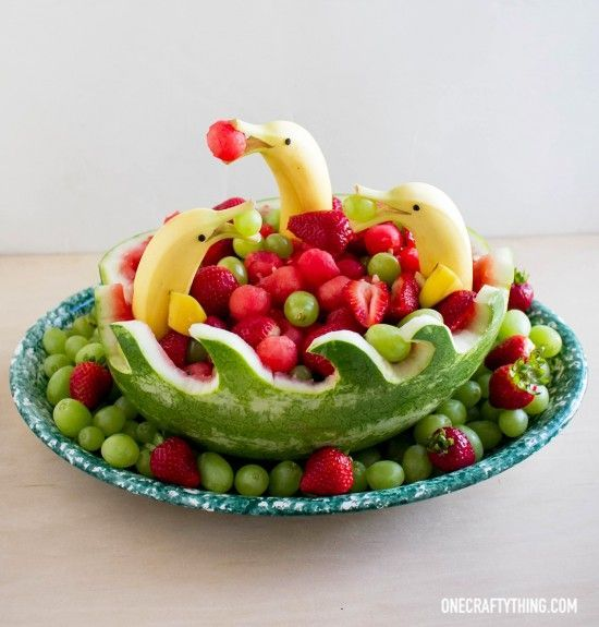 If you arrange fruit for children, the plate is eaten empty.